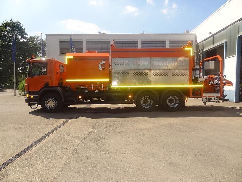 SP 8000 i