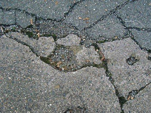 Daños en las carreteras. Tipos y posibles causas